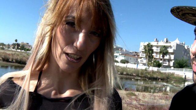 Isabelle, baisée pendant ses vacances (vidéo exclusive)